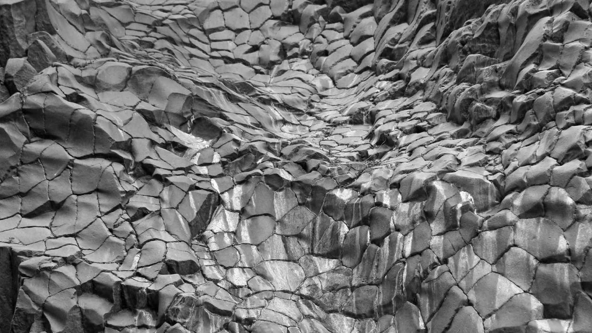roccia gole alcantara fiume sicilia etna